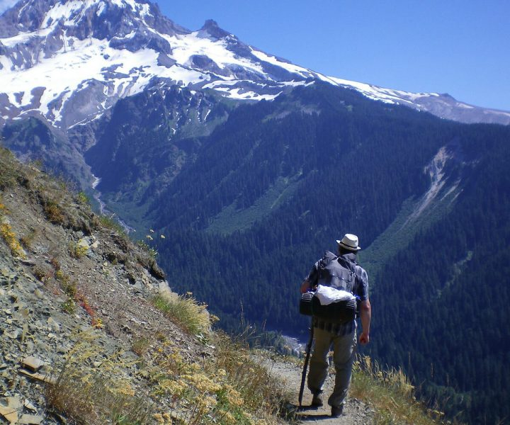 guided hiking trips in oregon